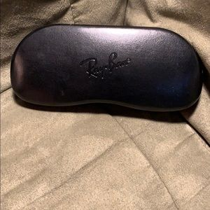 Ray Ban Sunglasses Case in black!